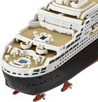 Ship model ocean liner Queen Mary 2