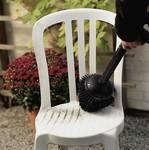 Rotating Garden Furniture brush