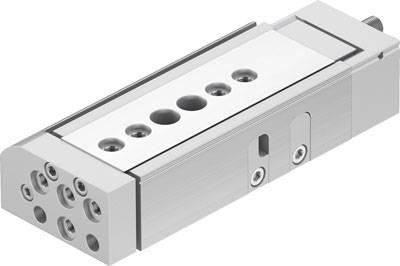 Un Festo Interrupteur magnétique SMT-10M-PS-24V-E-0,3-L-M8D