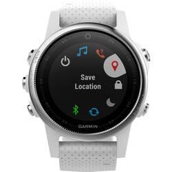GPS ura z merilnikom srčnega utripa in vgrajenim senzorjem Garmin fenix 5S srebrne barve, zapestnica bele barve Bluetooth