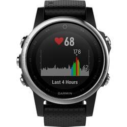 GPS ura z merilnikom srčnega utripa in vgrajenim senzorjem Garmin fenix 5S srebrne barve, zapestnica črne barve Bluetooth