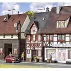 Vollmer 43673 h0 Poludrvena kuća na adresi Bahnhofstrasse 17