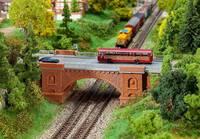 Faller 222572 N Vasúti híd (H x Sz x Ma) 192 x 74 x 70 mm Faller