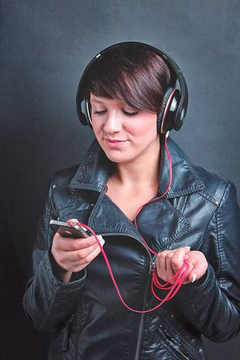 Jack audio kábel, 1 x Jack dugó, 3,5 mm-es - 1x Jack dugó, 3,5 mm-es 1,5 m, fehér, aranyozott, Oehlbach 35000