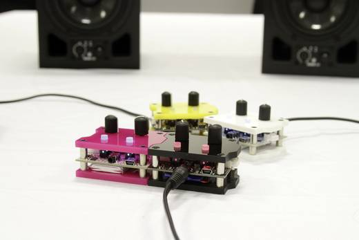 Patchblokk - programozható, moduláris szintetizátor és jelfeldolgozó rendszer pb patchblocks PB1-001-M1-3-AU1