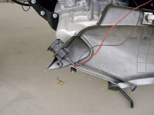 Beépíthető szivargyújtó aljzat motorkerékpárhoz 12V, fedéllel, ProCar