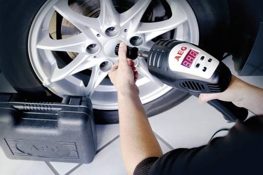 Autós ütvescsavarozó, 12 V, AEG
