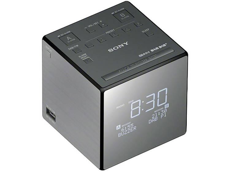 Sony XDR-C1DBP DAB+ Wekkerradio DAB+, FM Accu laadfunctie Zilver, Zwart
