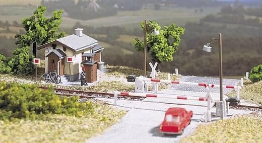 Auhagen 11 345 H0 beveiligde spoorwegovergang