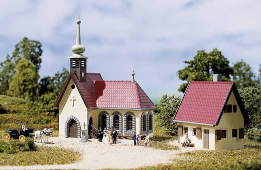 Auhagen 14461 N Dorpskerk met pastorie