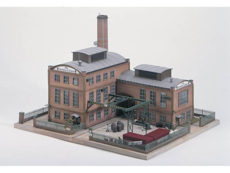 Piko H0 61118 H0 Fabrieksschoorsteen van glasfabriek E. Strauss