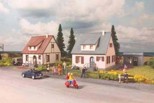 Piko H0 61145 H0 2 vrijstaande woningen Neuburg + gereedschapsschuurtje
