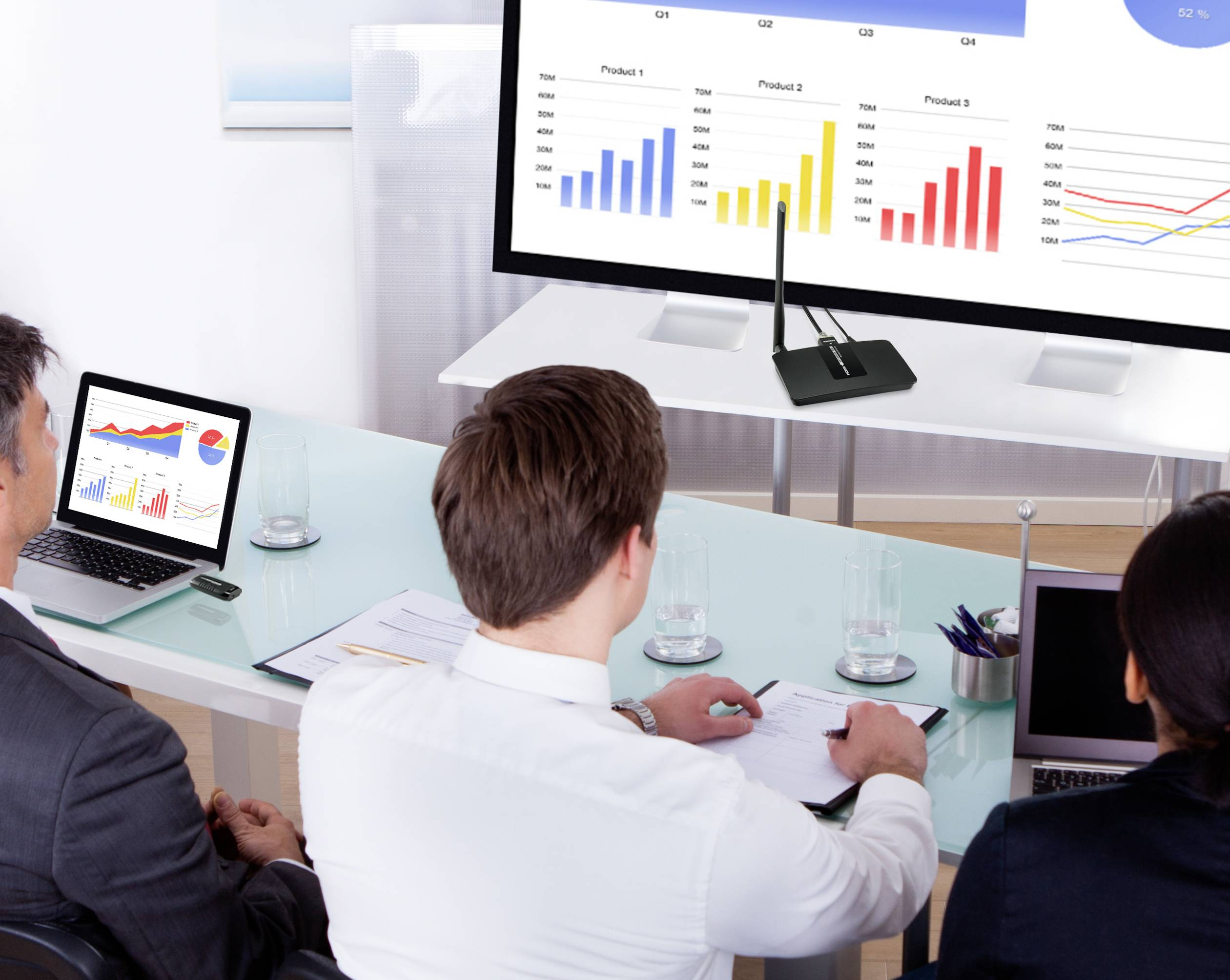 SpeaKa Professional  HDMI naprava za brezžični prenos (oddajnik) 15 m 5.8 kHz 1920 x 1080 piksel, 1280 x 720 piksel, 720