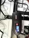 Elektronski polnilnik za baterije 6 / 12V