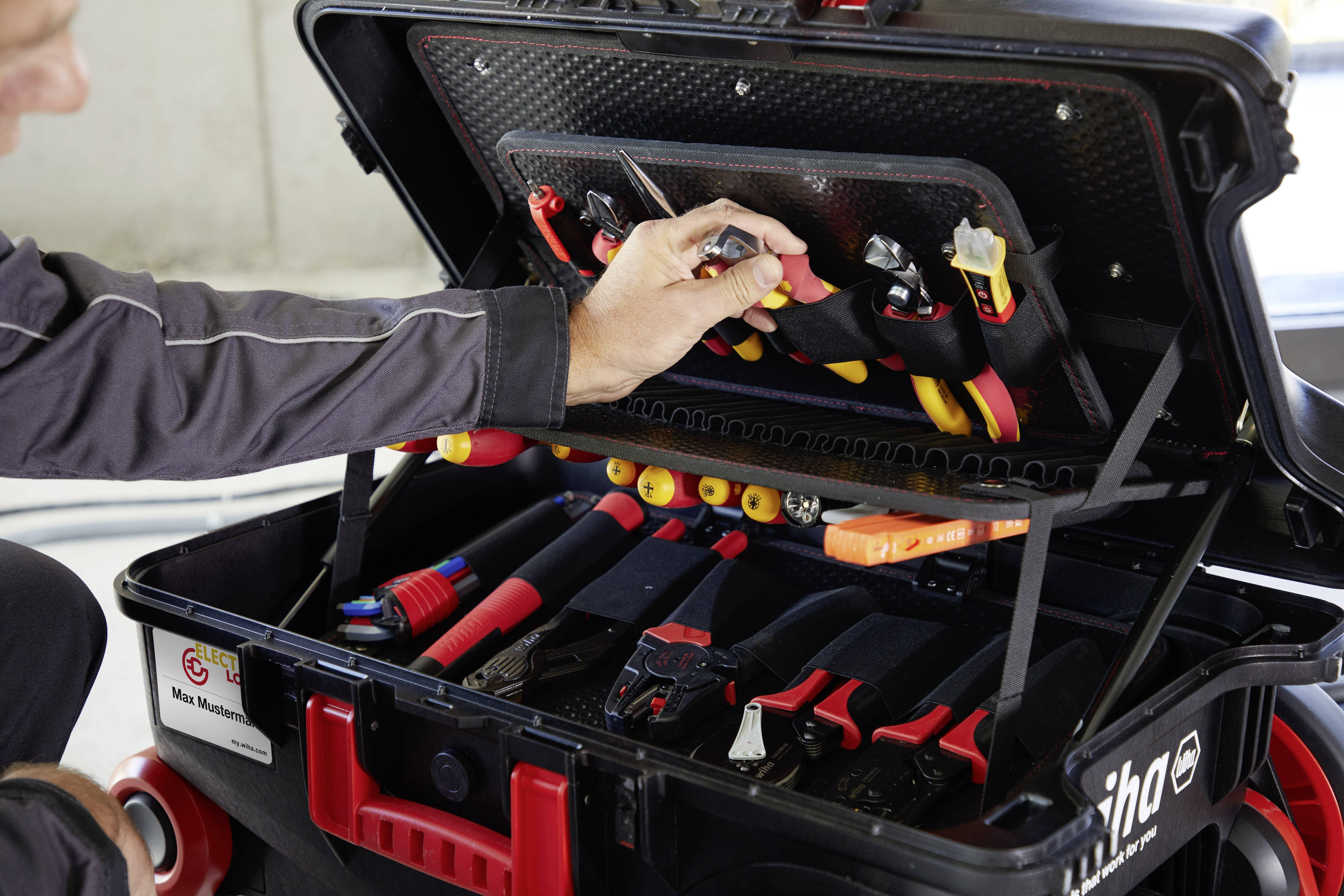 Wiha XXL III electric 44128 Elektriker Verktygsväska med utrustning 100 delar (B x H x D) 685 x 501 x 345 mm