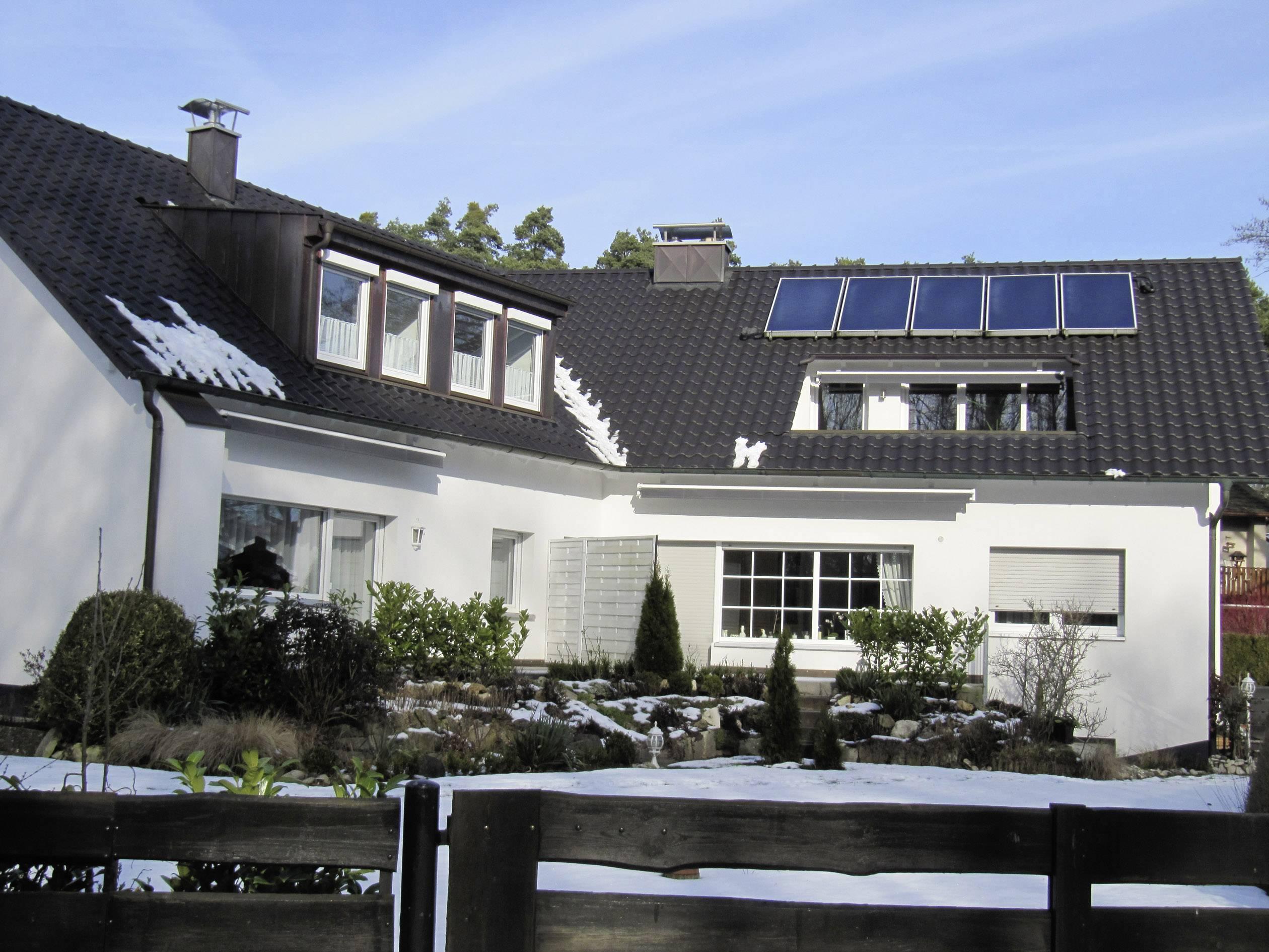 Thermische-Solaranlage SUN 12 HZ ... 3004 Kollektor-Fläche 12,55 m²