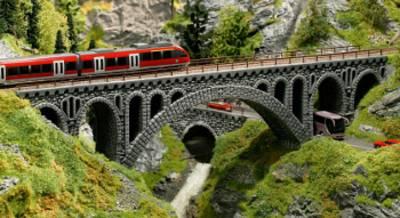 Modelleisenbahnbrücke