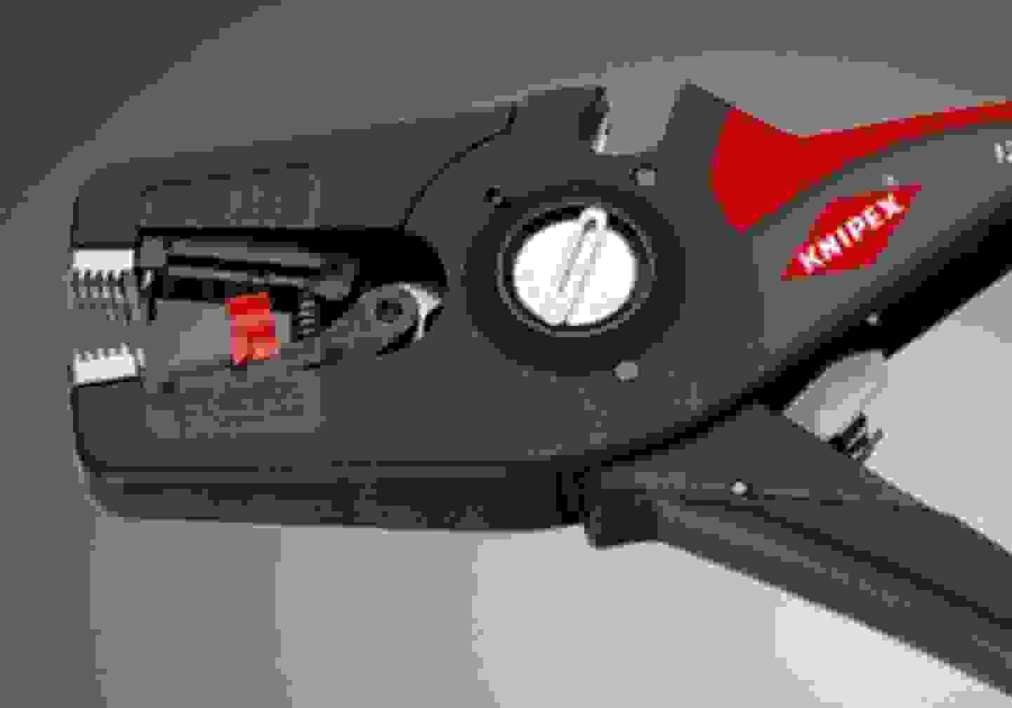 Abisolierzangen und Abmantelwerkzeuge