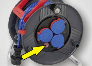 Cable drum with fuse