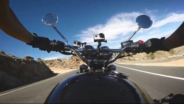 Actionkamera på en motorcykel