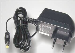 Standard plug-in power supply with cable and DC plug