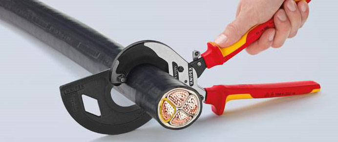 Sauber schneiden mit Spezialwerkzeug