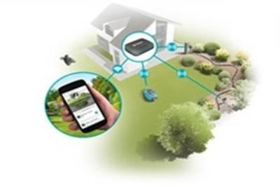 Smartes Gateway mit integriertem Stromstecker
