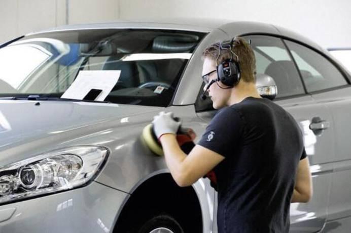 Gehörschutz in KZF Werkstatt