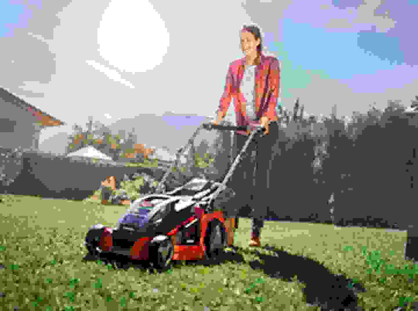 Rasen- & Bodenpflege
