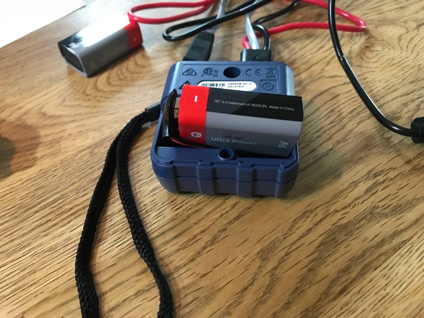 Probleme beim einlegen der Batterie.jpg