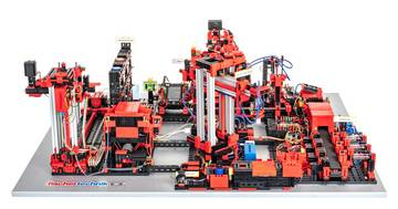 Lernfabrik_Training_Factory-Azubis_3