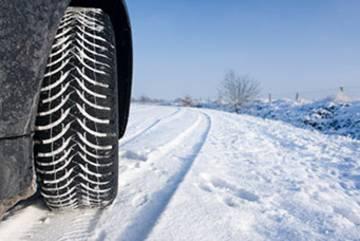 Winterpneus montieren auch ohne Winterreifenpflicht in der Schweiz